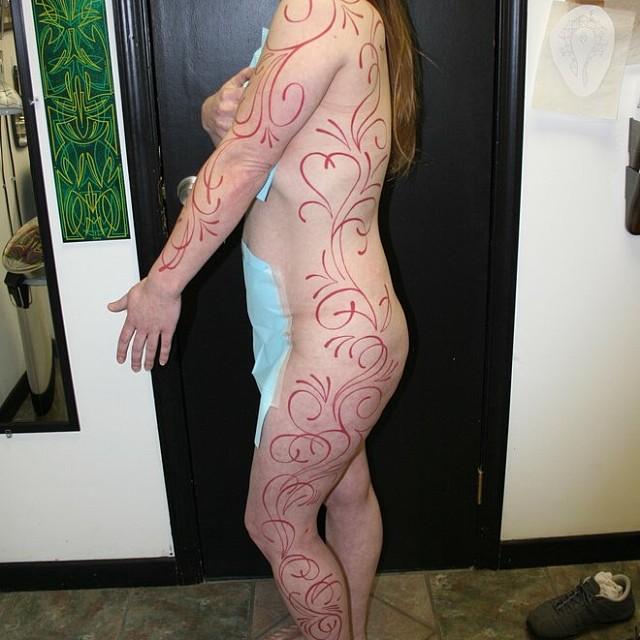 Filigree Pinstriping Tattoo by Matt Stankis #northsidetattoos #northsidetattoosdotcom #ornamentaltattoo #tattoo #pinstriping #filigree #mattstankis
